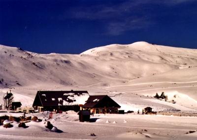 gite locations de vacances ALBEPIERRE-BREDONS